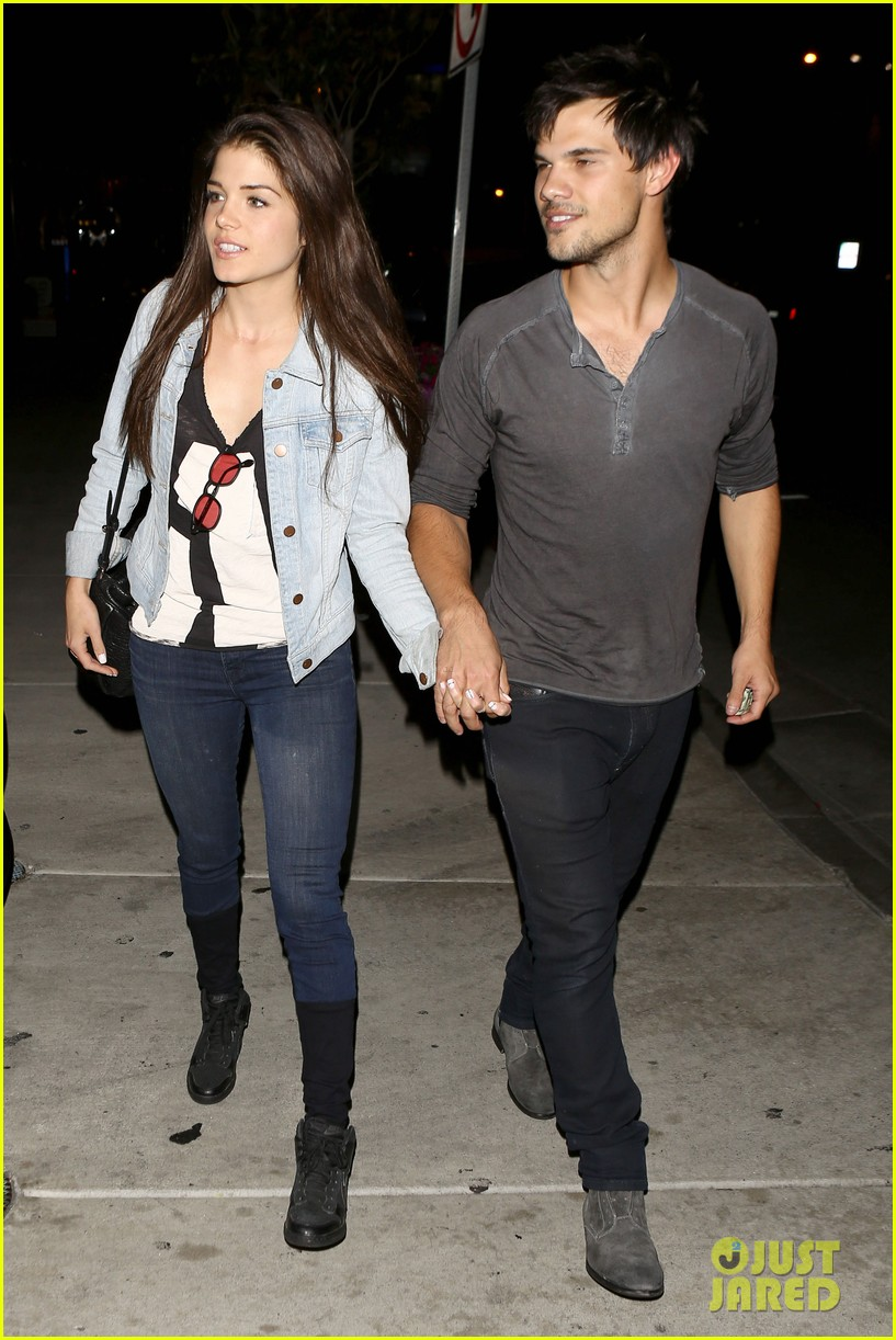 taylor lautner marie avgeropolous look so in love on dinner date 093071939
