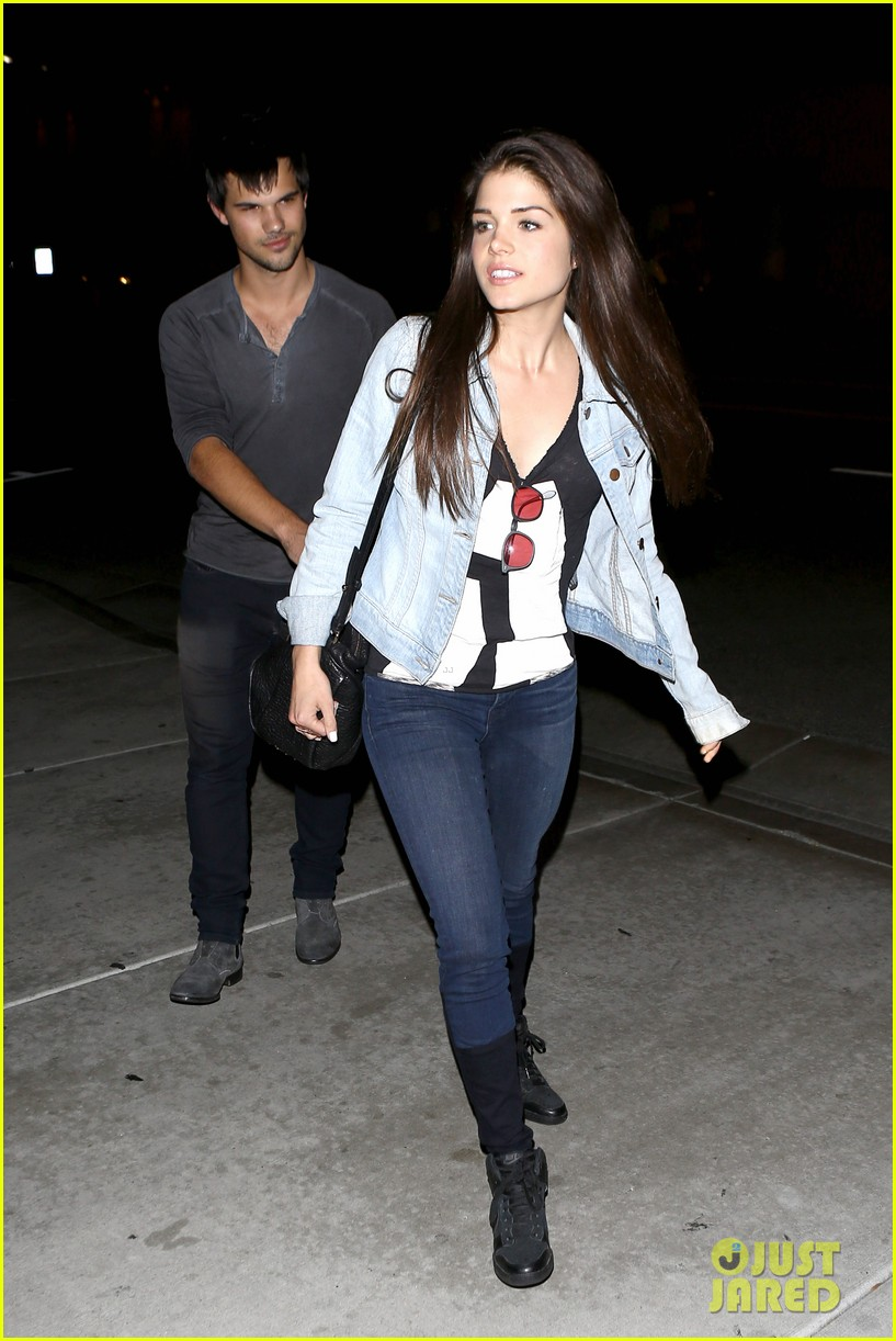 taylor lautner marie avgeropolous look so in love on dinner date 21