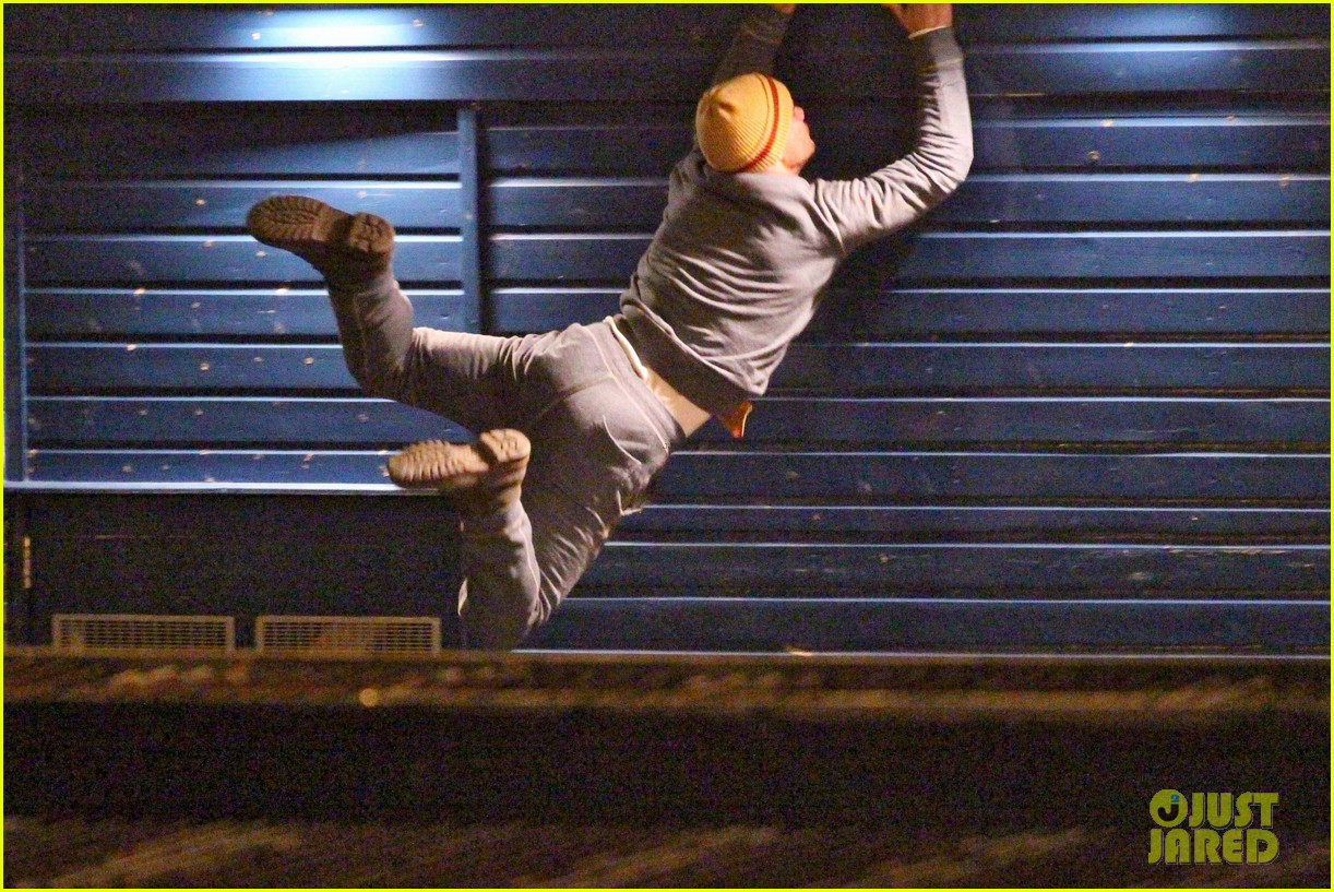 taylor lautner does his own stunts for cuckoo 03
