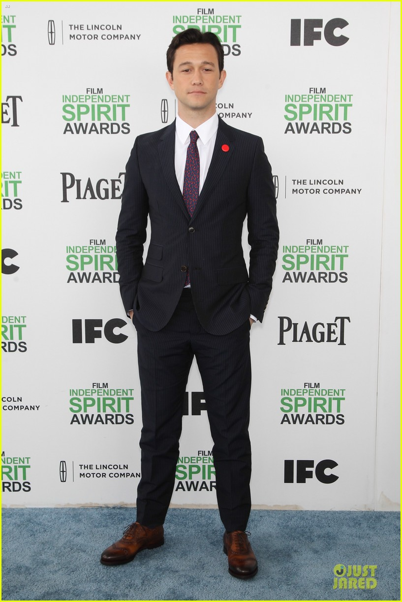 joseph gordon levitt michael sheen man power at independent spirit awards 2014 06