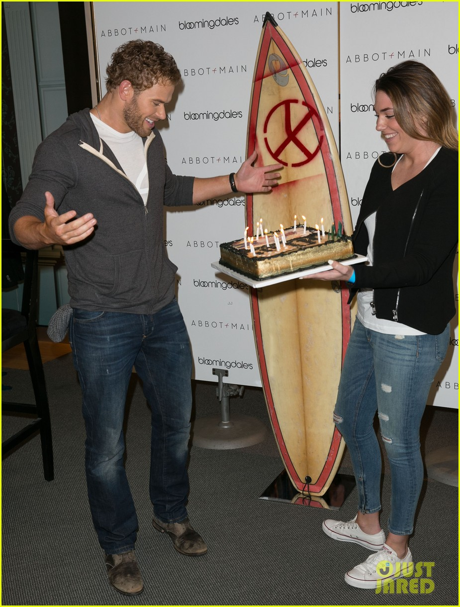 kellan lutz continues birthday celebrations abbot main 13