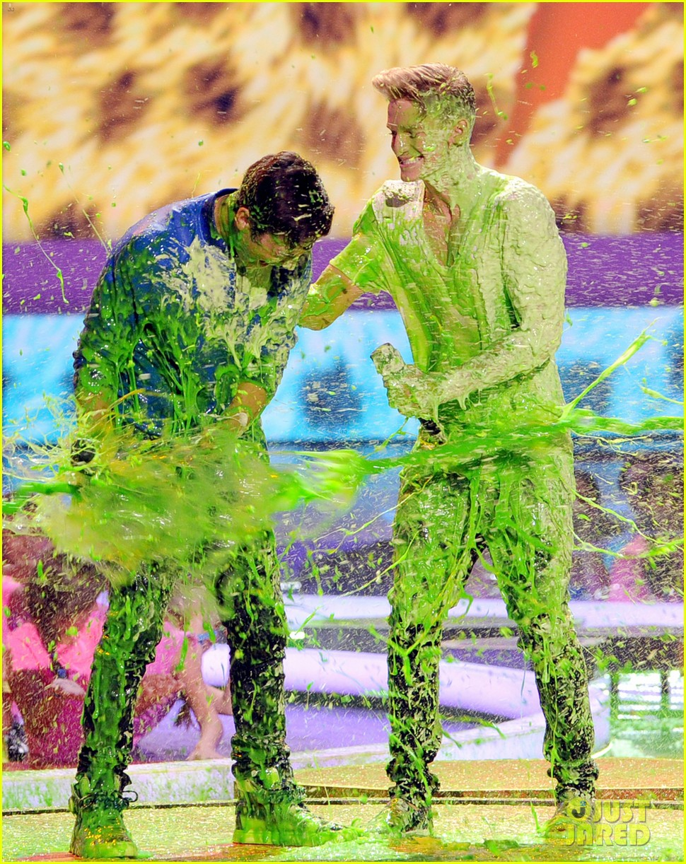 austin mahone cody simpson kids choice awards 2014 01