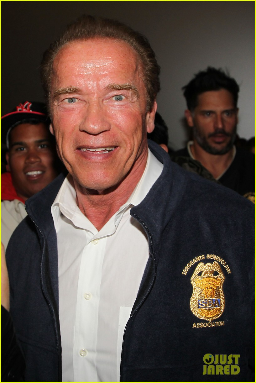joe manganiello arnold schwarzenegger surprise nyc law enforcement 02