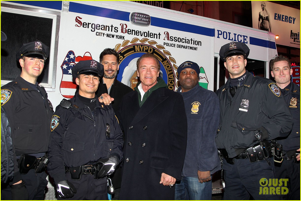 joe manganiello arnold schwarzenegger surprise nyc law enforcement 07