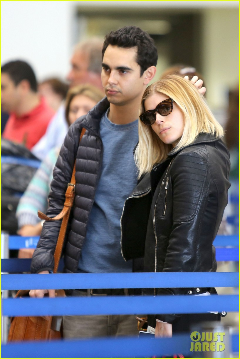 kate mara max minghella jet out of los angeles 043066061