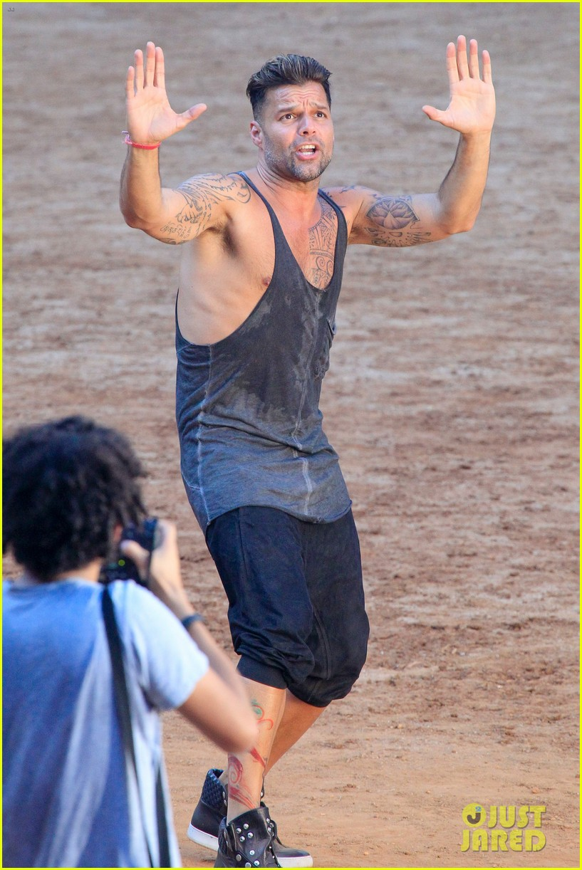 ricky martin films music video for world cup 18