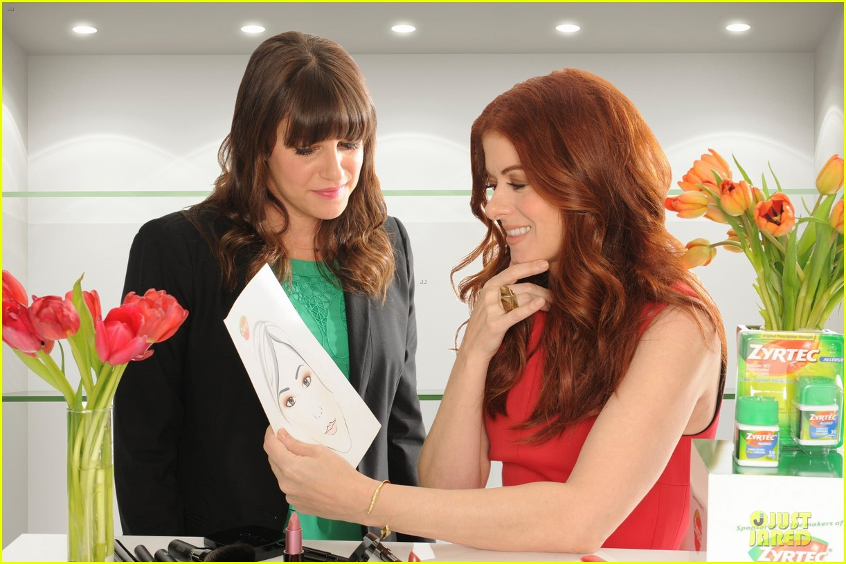 debra messing looks beautiful with zyrtec 033070095