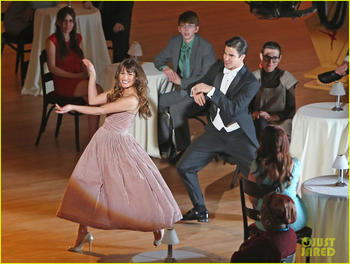 lea michele darren criss classic broadway number glee 023079871