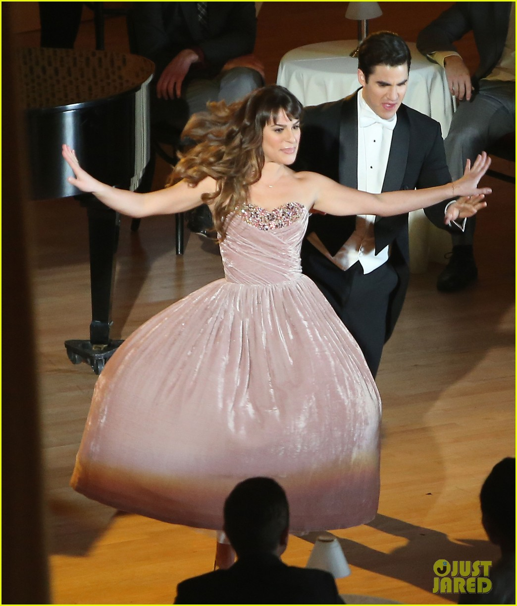 lea michele darren criss classic broadway number glee 14