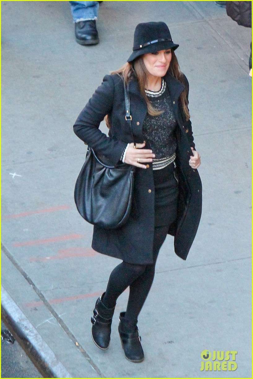 lea michele switches outfits around glee nyc 033071434