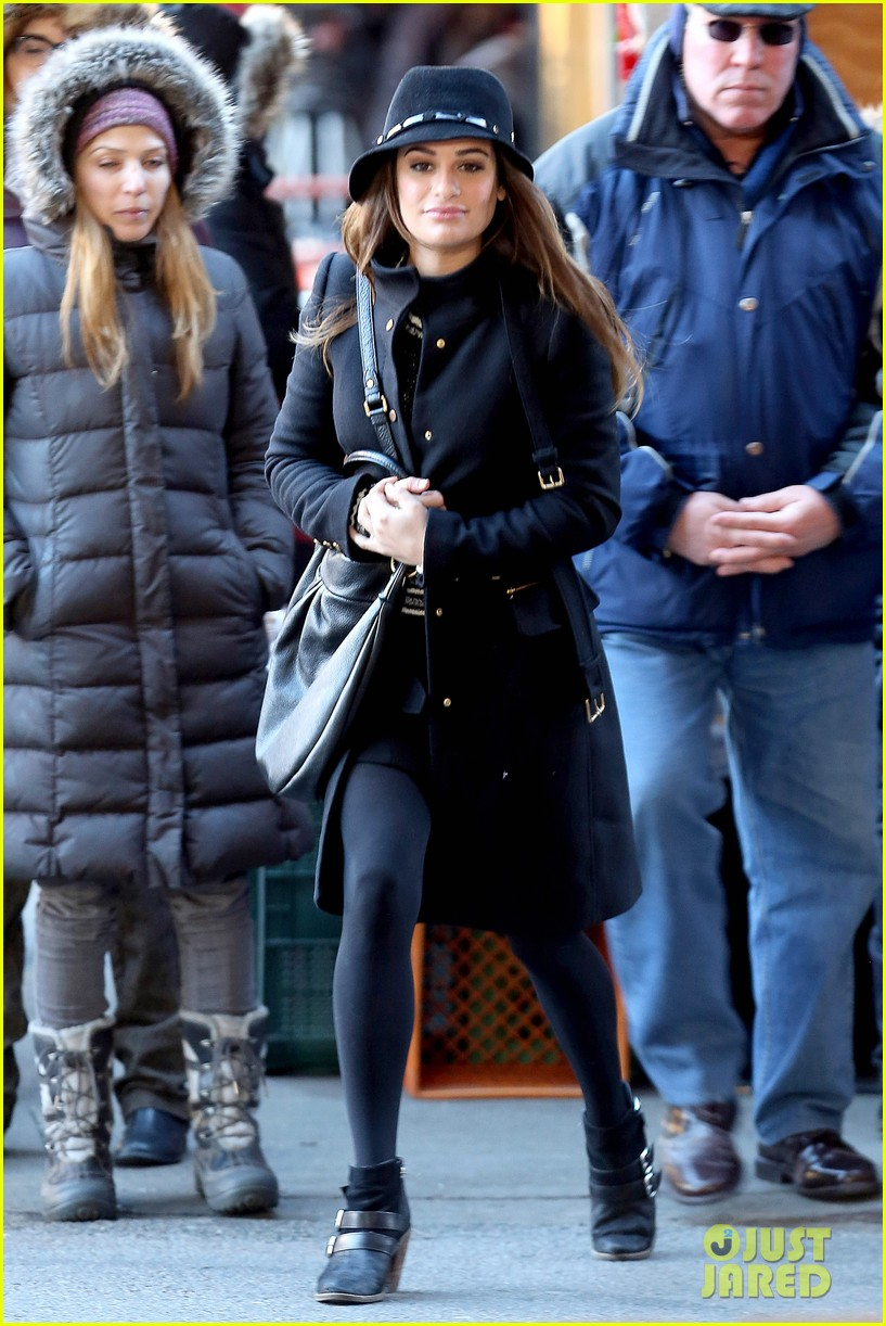 lea michele switches outfits around glee nyc 15