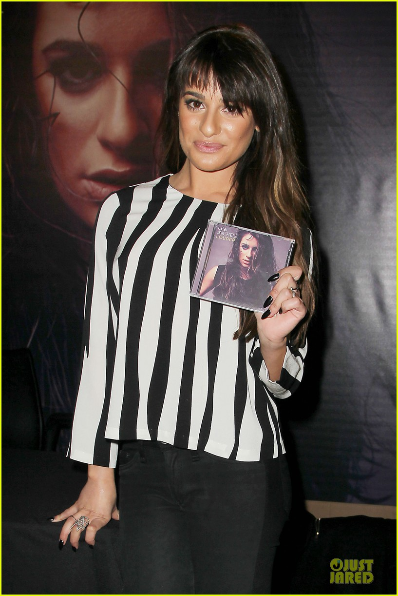 lea michele performs cannonball on tonight show 04