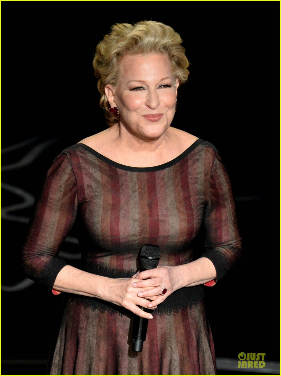 bette midler performs wind beneath my wings at oscars 2014 video 043064166