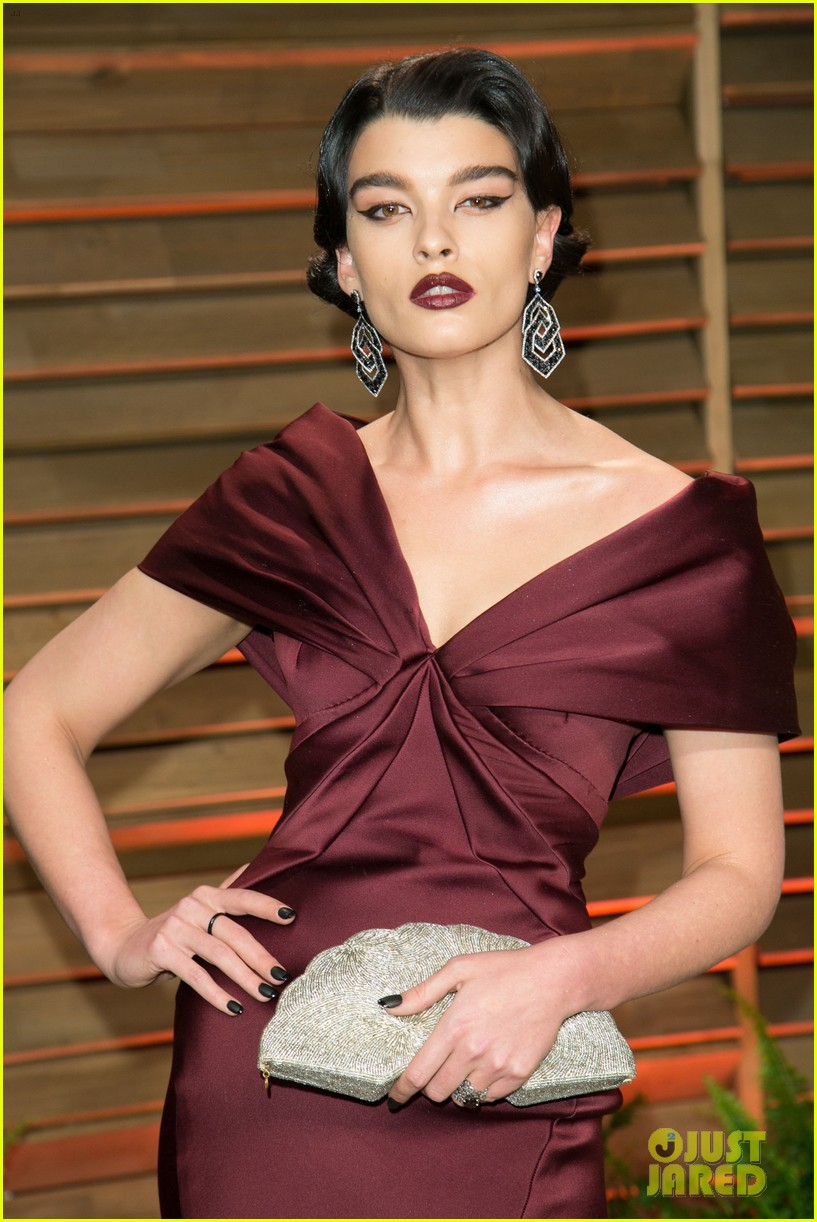 alyssa miller crystal renn vanity fair oscar party 2014 06