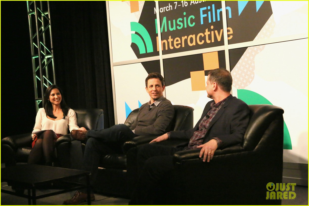 olivia munn late night seth meyers moderator at sxsw 01