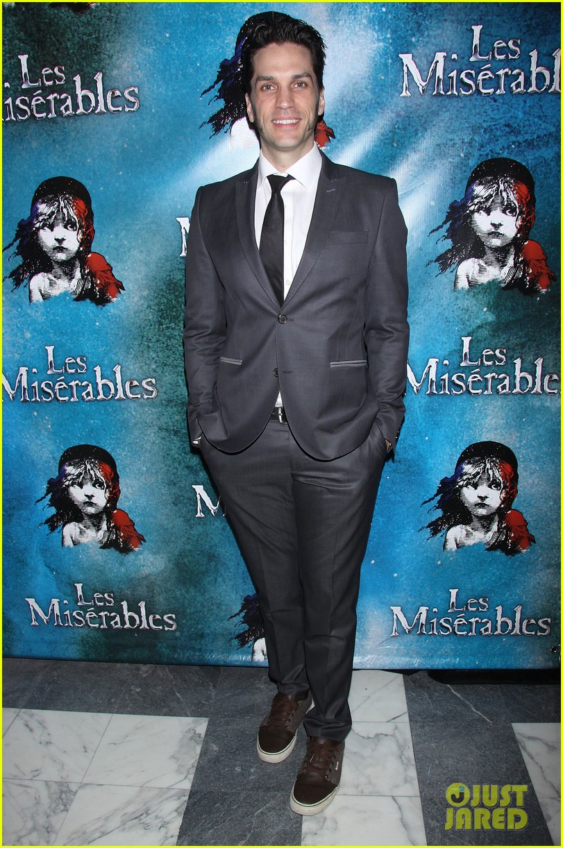 neil patrick harris celebrates les miserables miserables opening 16