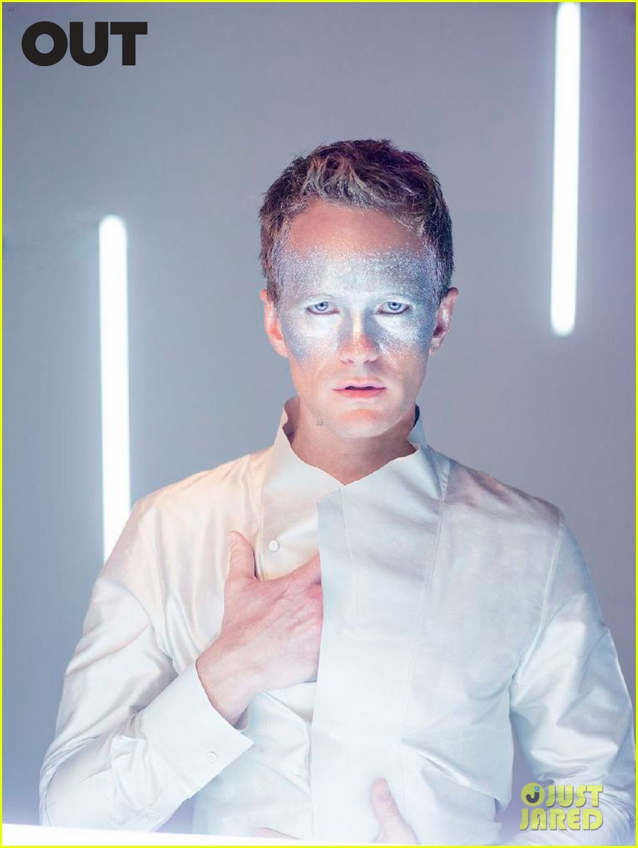 neil patrick harris shirtless glitter out 04
