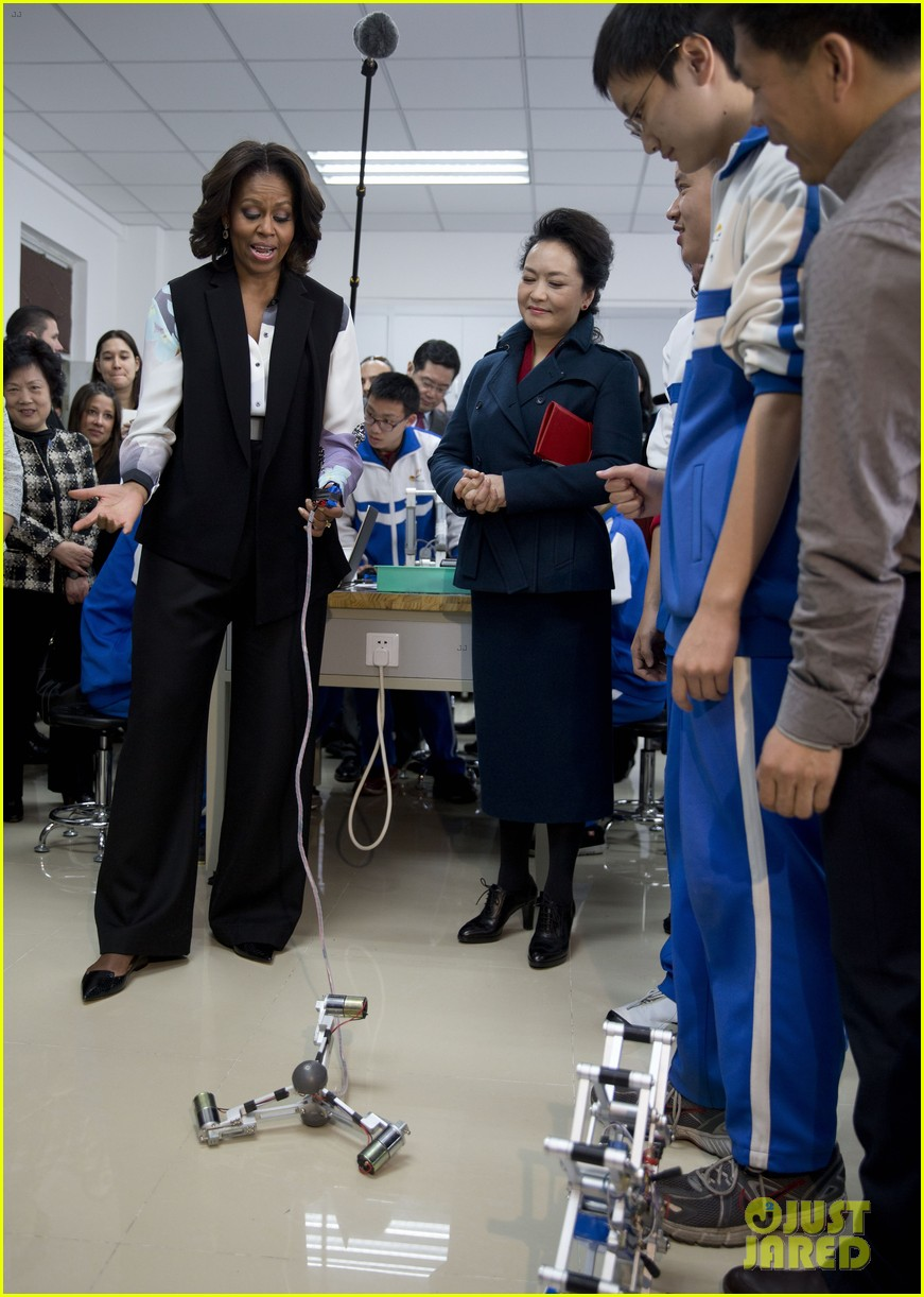 michelle obama travels around china three days of photos 05