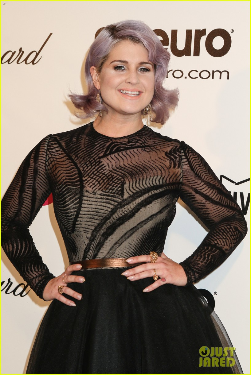 kelly osbourne elton john oscars party 2014 with mom dad 12