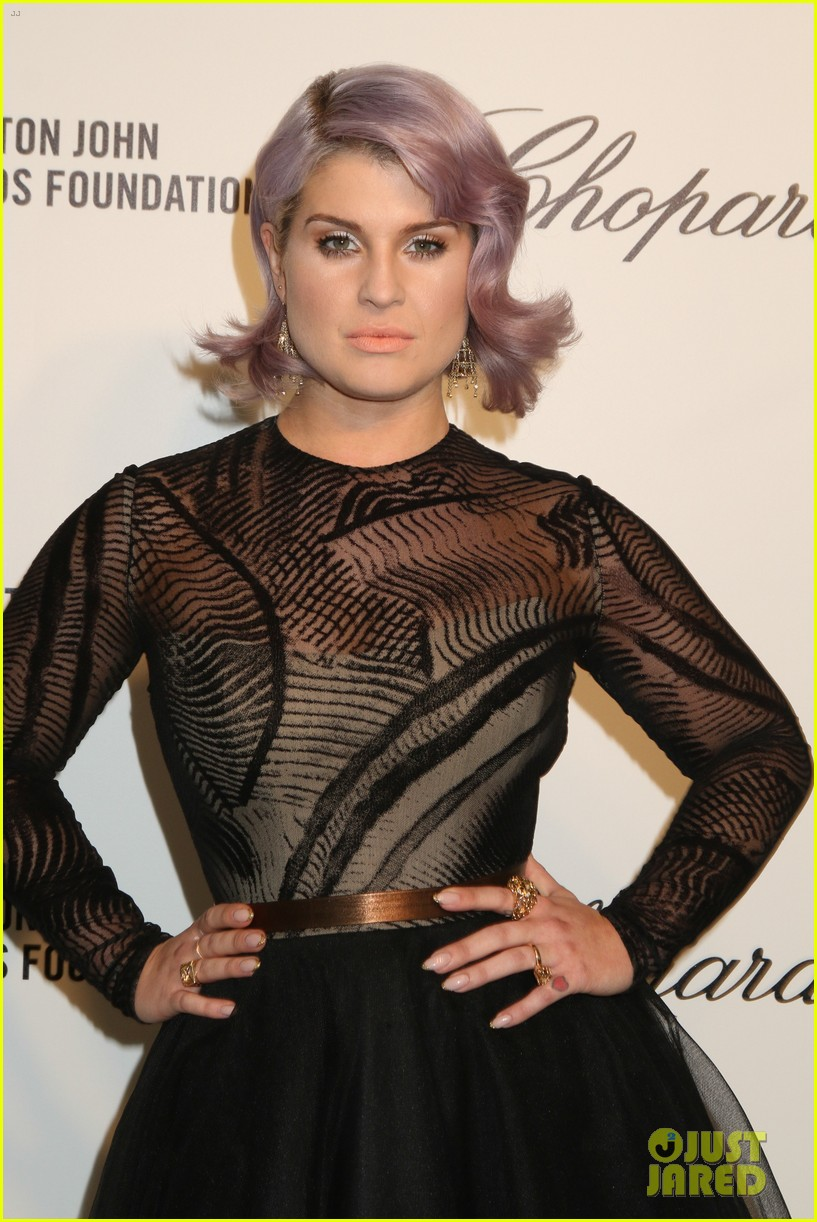 kelly osbourne elton john oscars party 2014 with mom dad 153064460