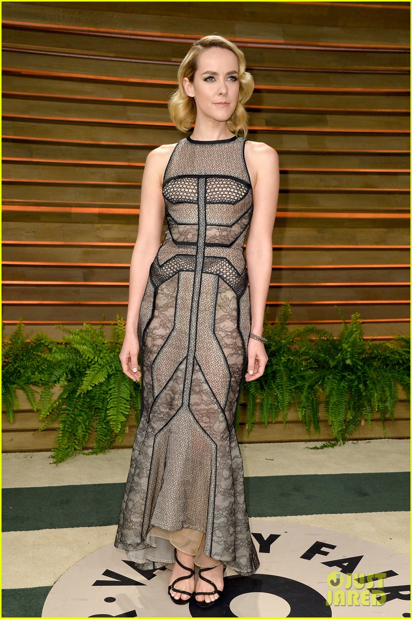 ellen page jena malone vanity fair oscars party 2014 01