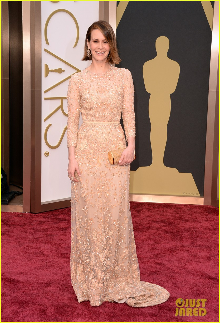 12 years a slaves sarah paulson oscars 2014 red carpet 013064075