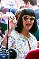 katy perry excites australian fans with her colorful spirit 06