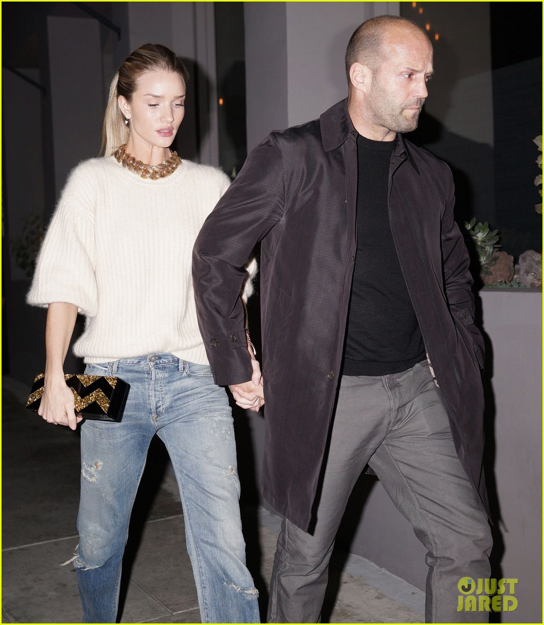 rosie huntington whiteley jason statham hold hands en route to dinner 06