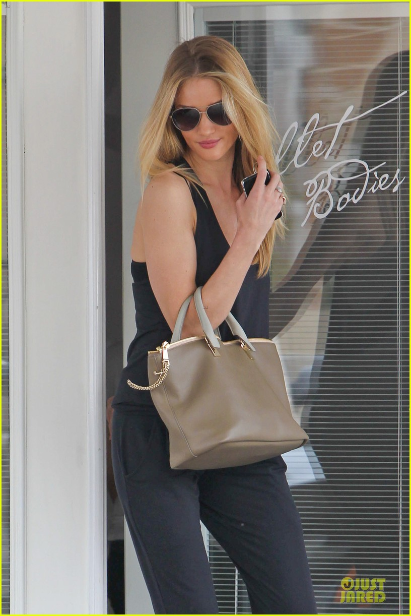 rosie huntington whiteley blown away by nicole richie 02