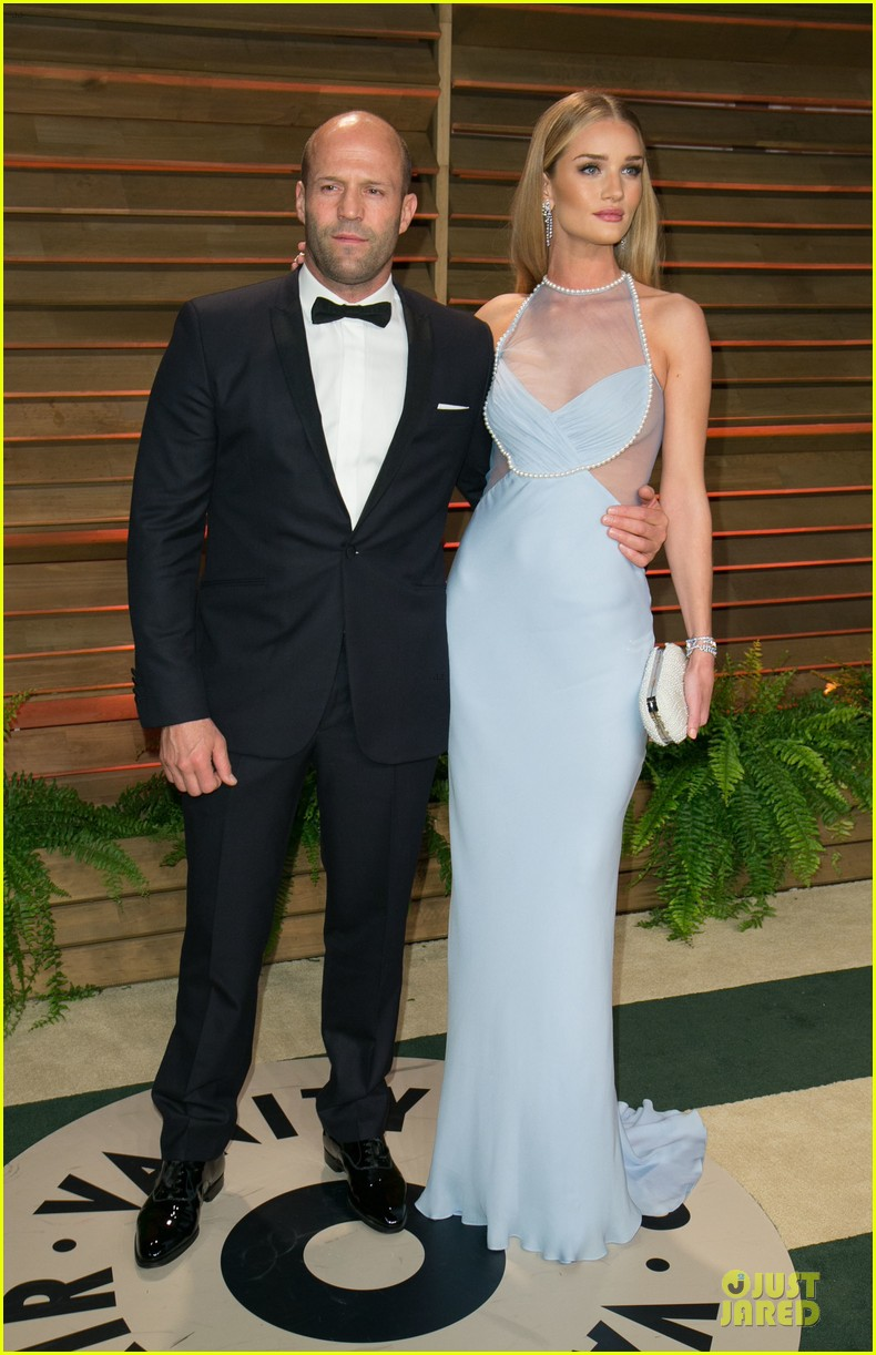 rosie huntington whiteley sheers it up at vanity fair oscar party 2014 with jason statham 013064441