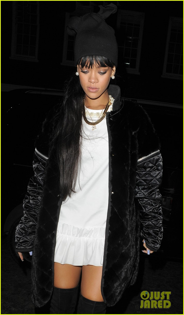 rihanna drake separate entrances dinner london 18
