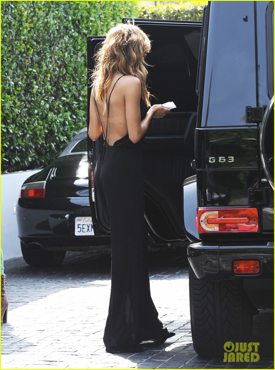naya rivera ever so sexy in her black jumpsuit 073081687