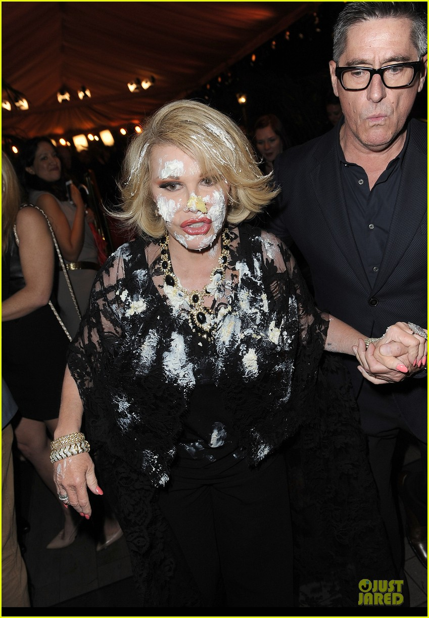 joan rivers gets attacked with cake at gvc red carpet event 043062658