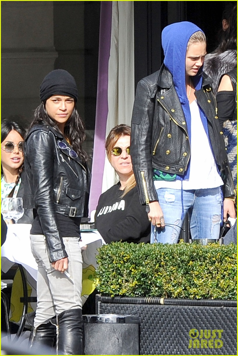 michelle rodriguez joins cara delevingne for paris fashion week fun 04