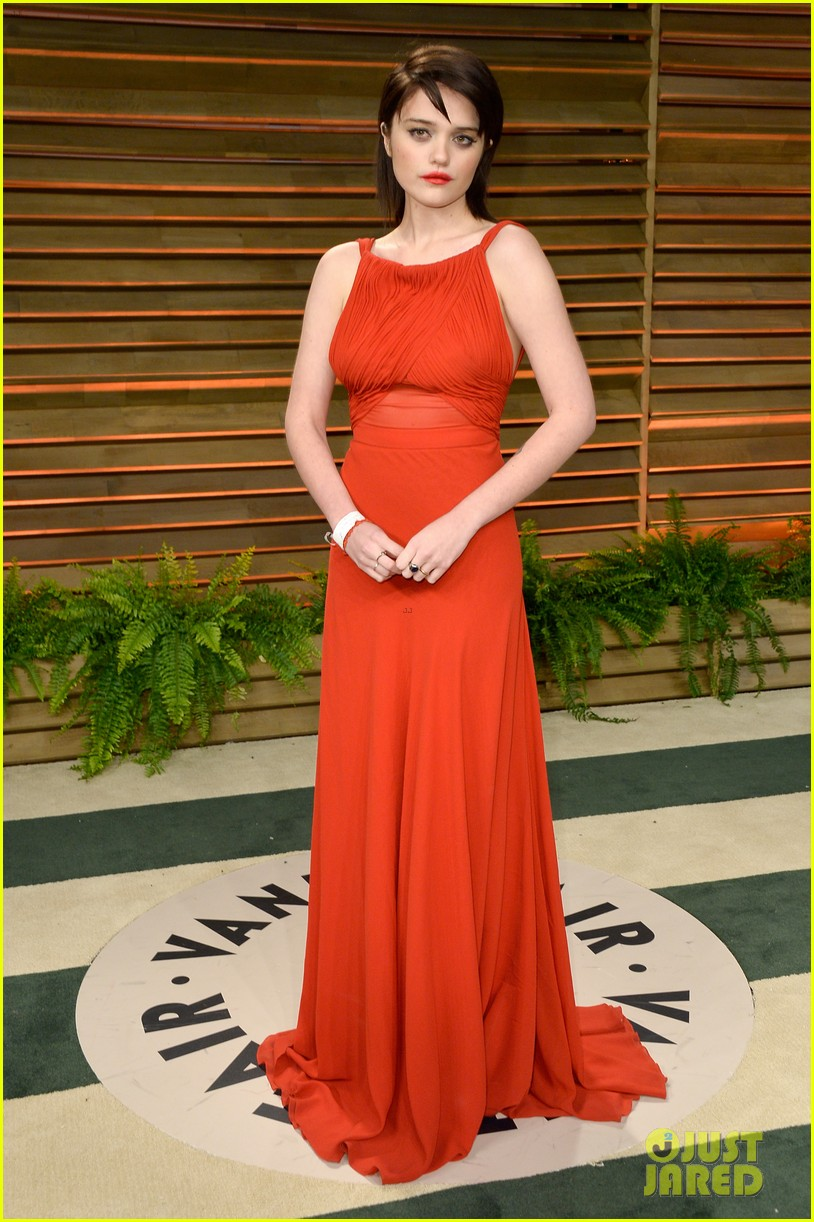 saoirse ronan vanity fair oscars party alice eve 02