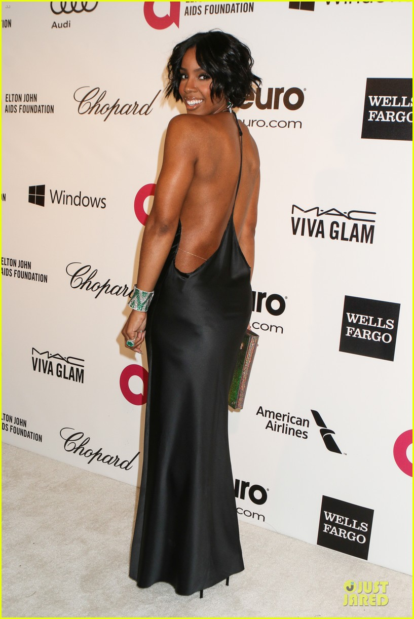 kelly rowland skylar grey heat up elton john oscars party with revealing dresses 10