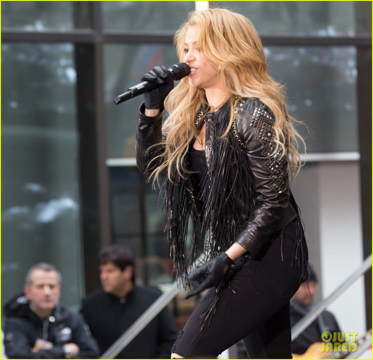 shakira brings the house down with hips dont lie empire on today show 113078867