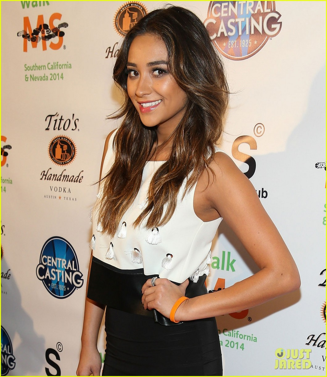 shay mitchell brings her beauty to ms walk kick off 03