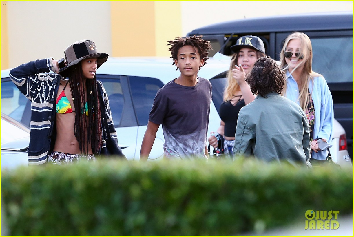 willow smith wears bikini top for sushi dinner 23