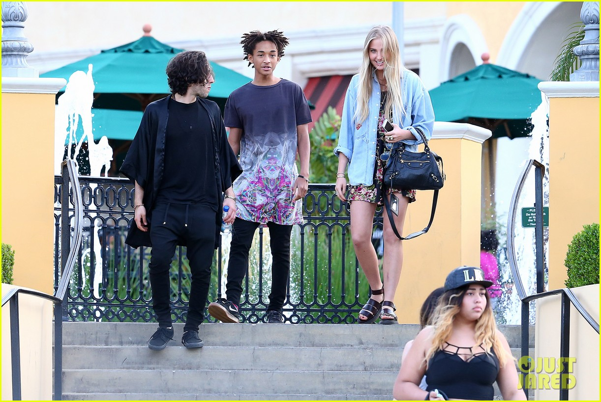 willow smith wears bikini top for sushi dinner 29