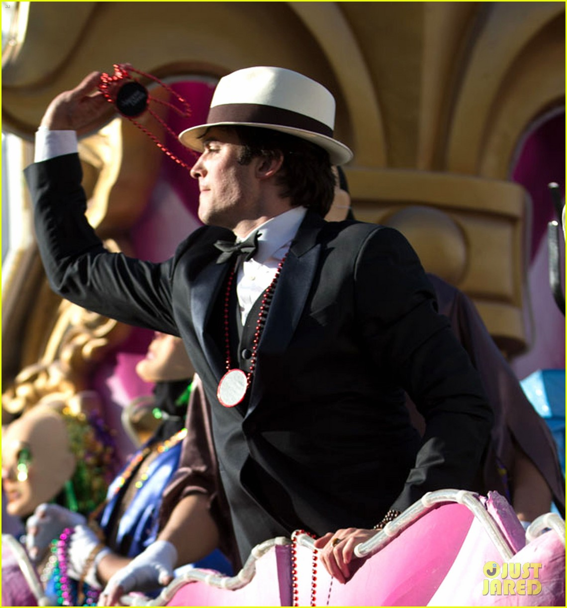 ian somerhalder norman reedus throw mardi gras beads in new orleans 093063293