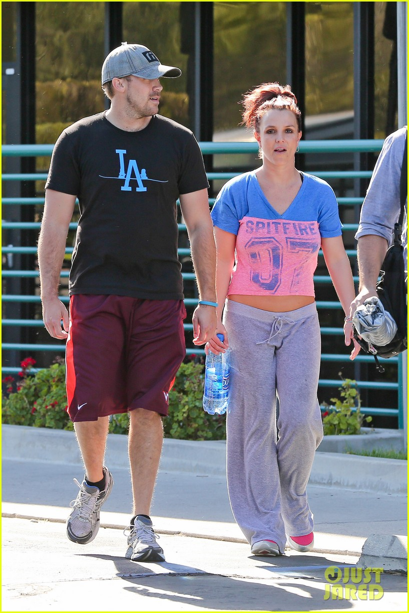 britney spears boyfriend david lucado sweat it out together 163070776