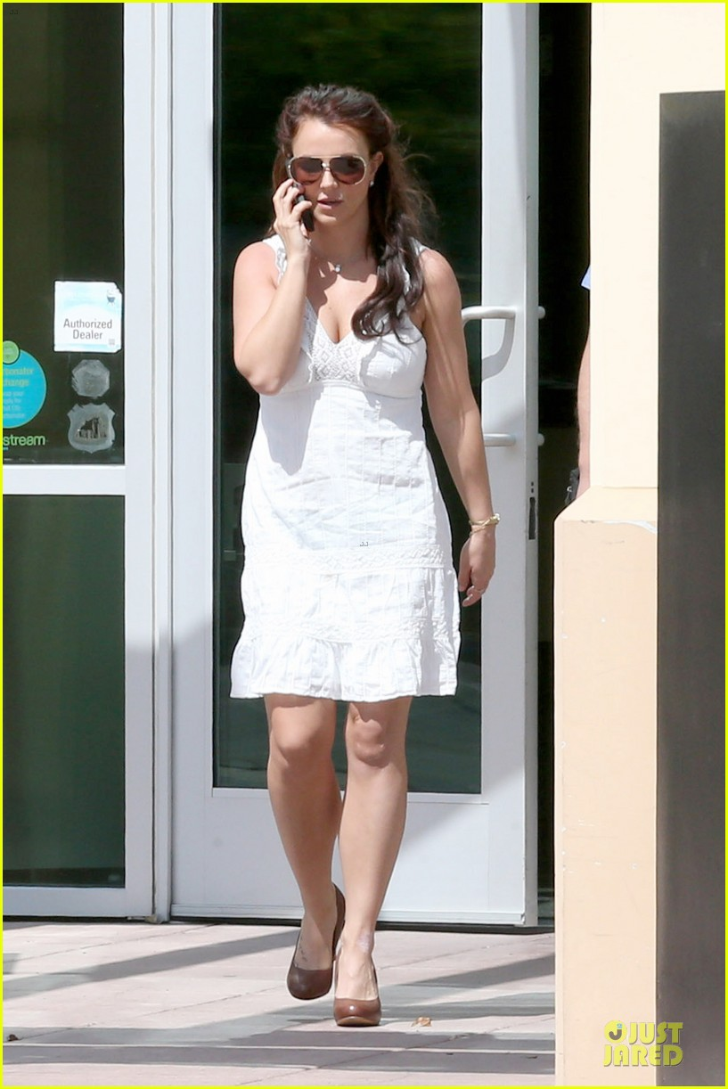 britney spears white after jamie lynn wedding 03