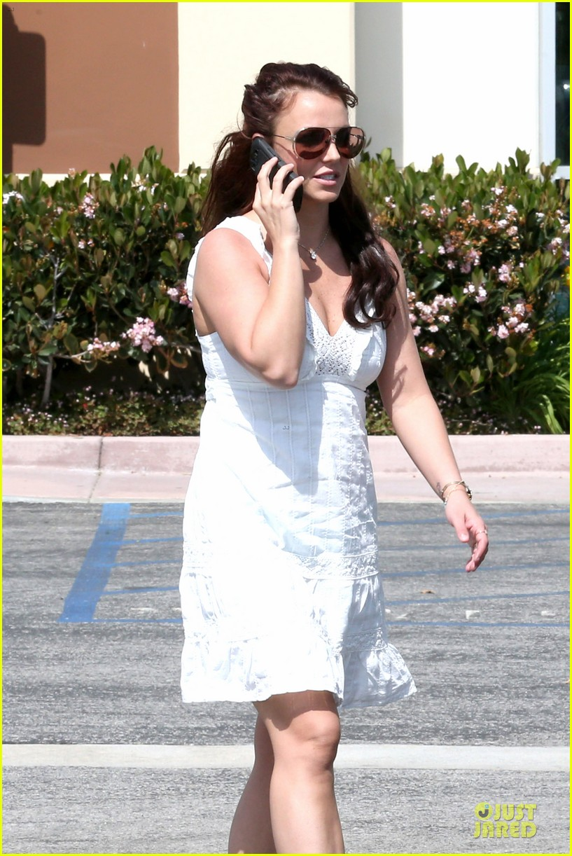 britney spears white after jamie lynn wedding 06