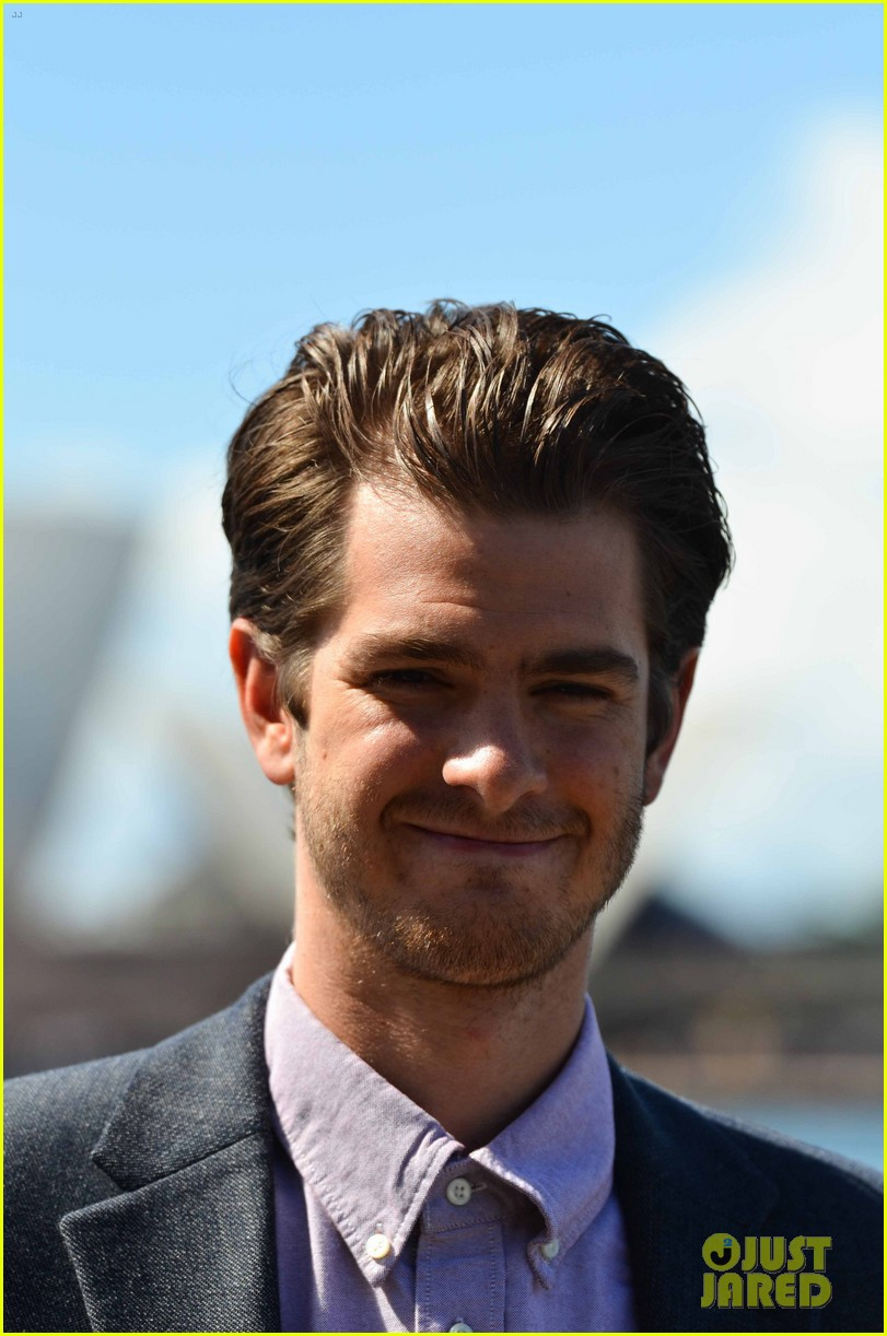 emma stone andrew garfield spider man sydney photo call 17