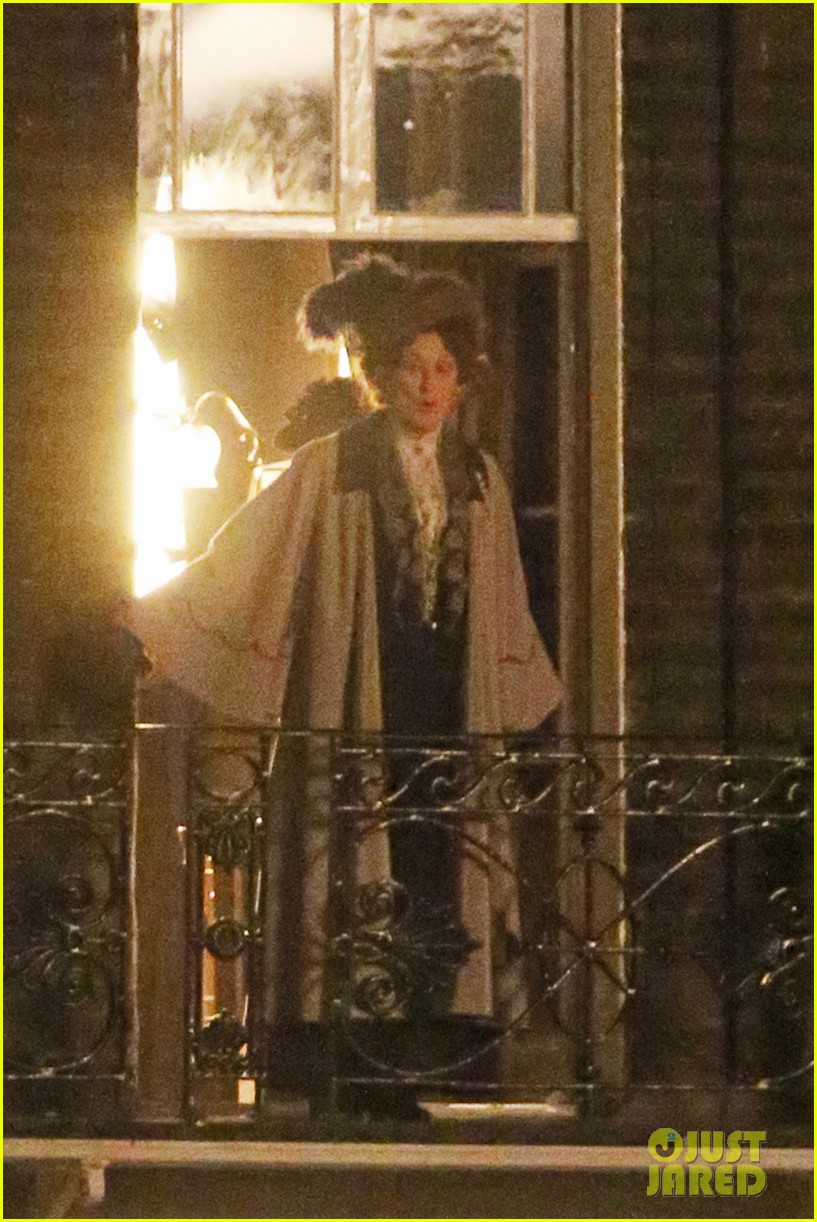 meryl streep first look on set at suffragette 18
