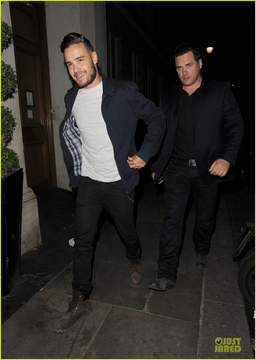 harry styles liam payne meet for dinner 15