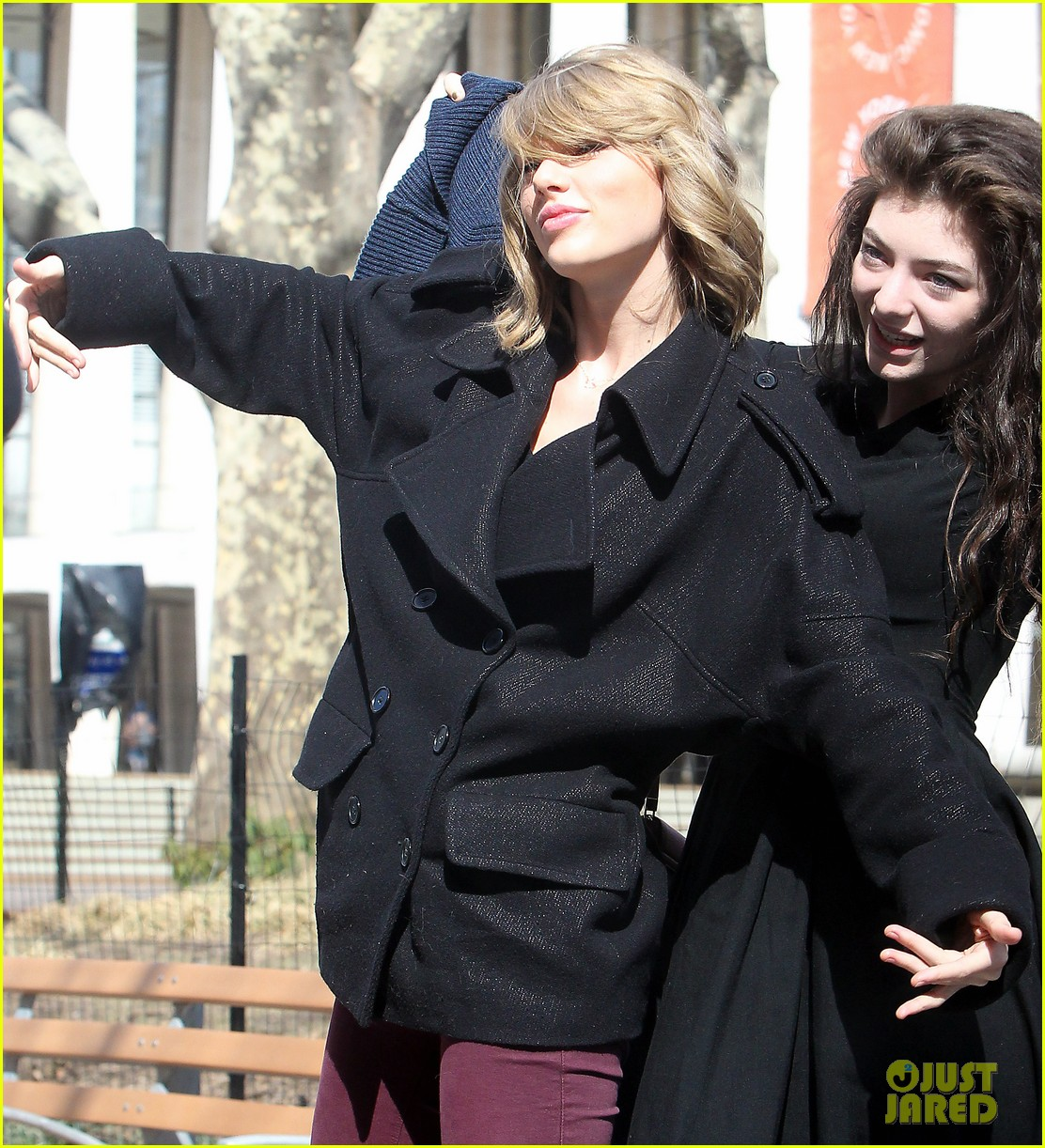 taylor swift lorde get silly in nyc 07