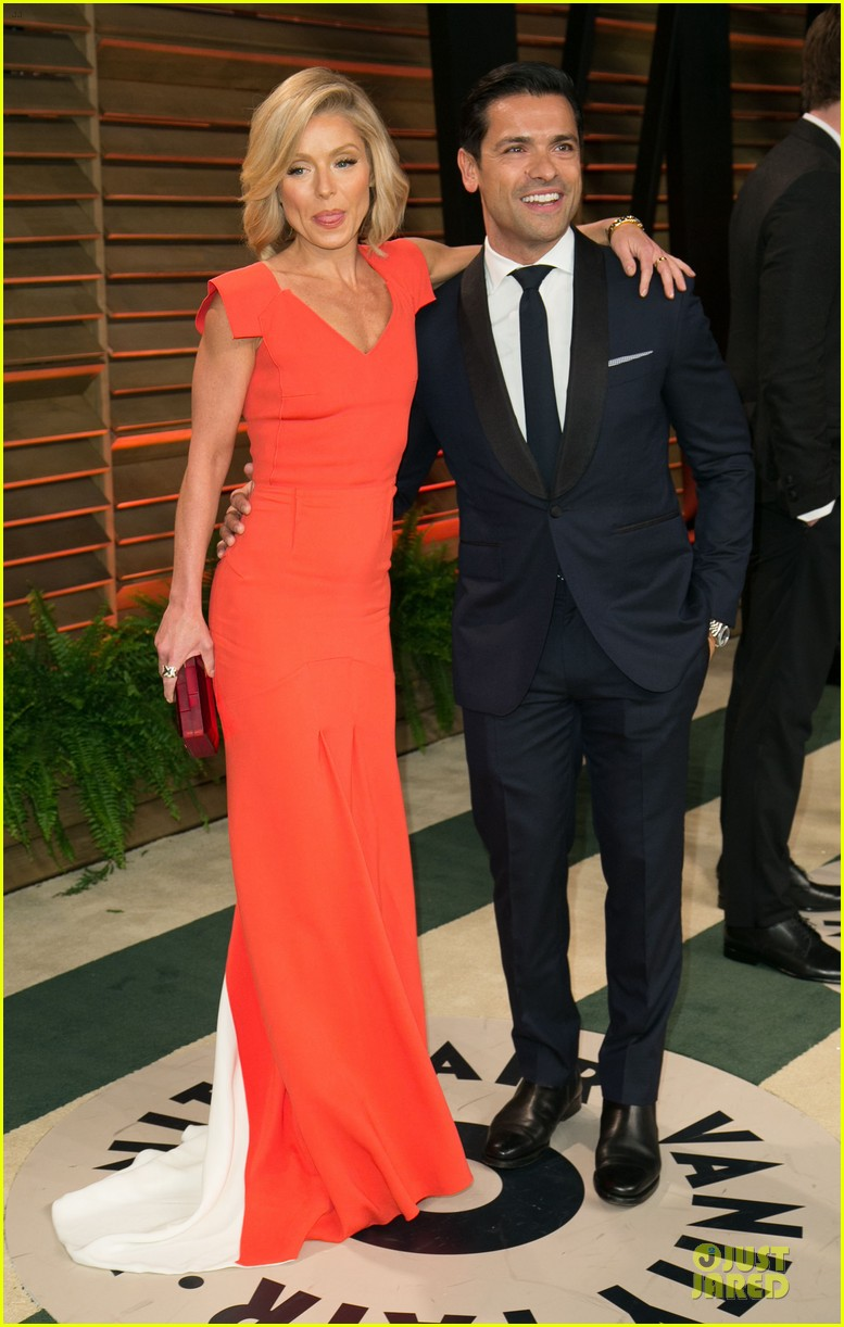 chrissy teigen john legend vanity fair oscars party 2014 11