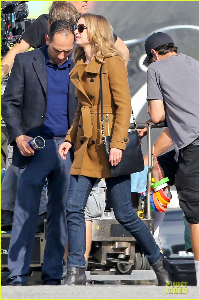 emily vancamp josh bowman wrapped up 073078128